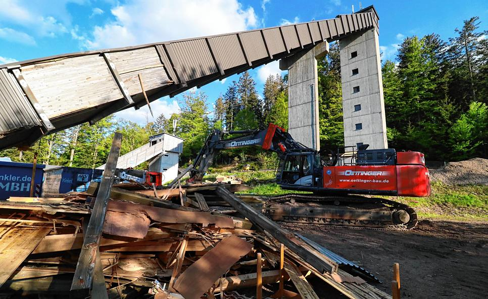 Baustelle Adlerschanze im Südkurier