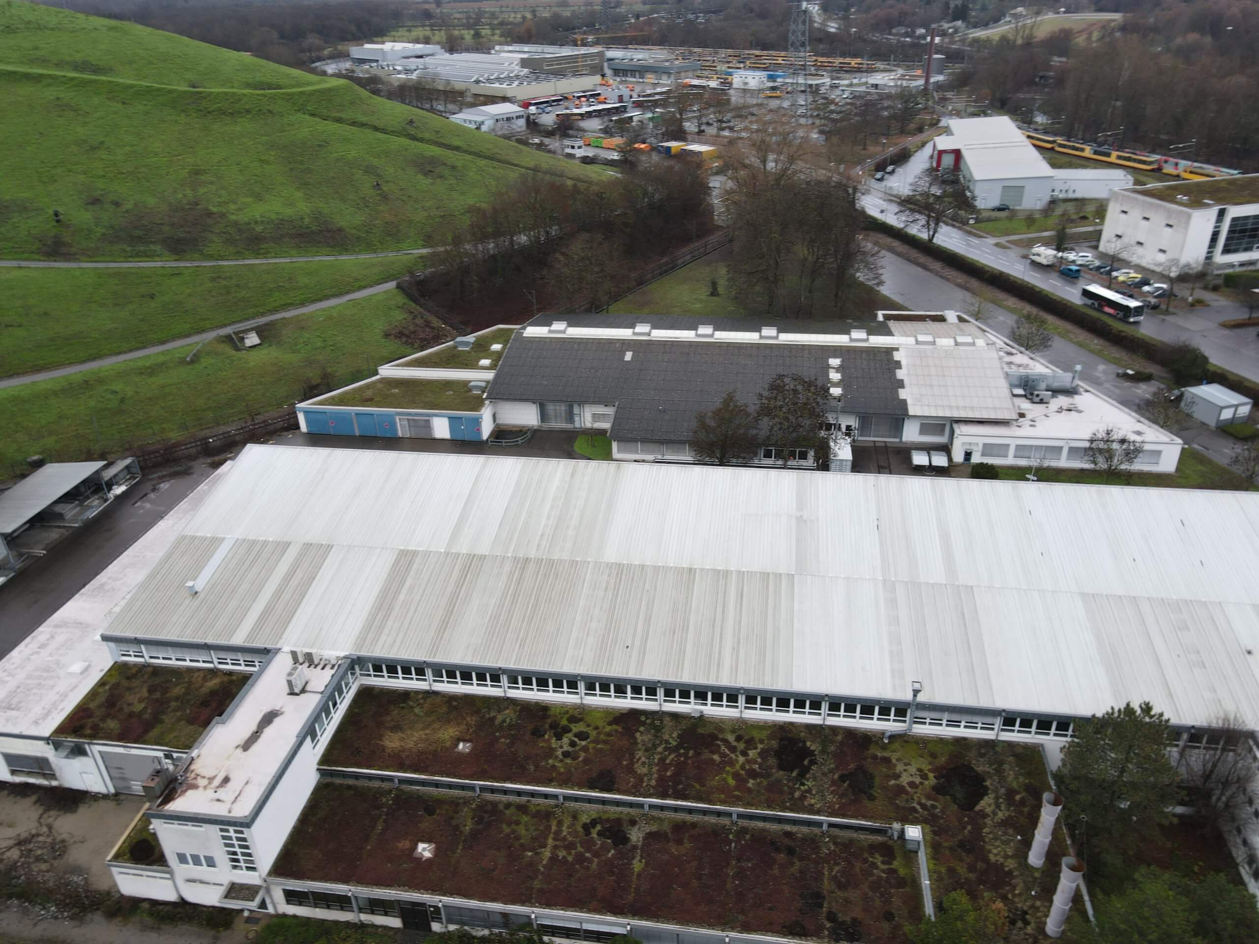 Karlsruhe: VBK Industriegebäude